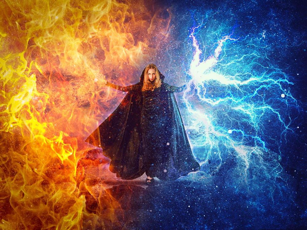 Женщина, преисполненная Силы, повелительница огня и молний