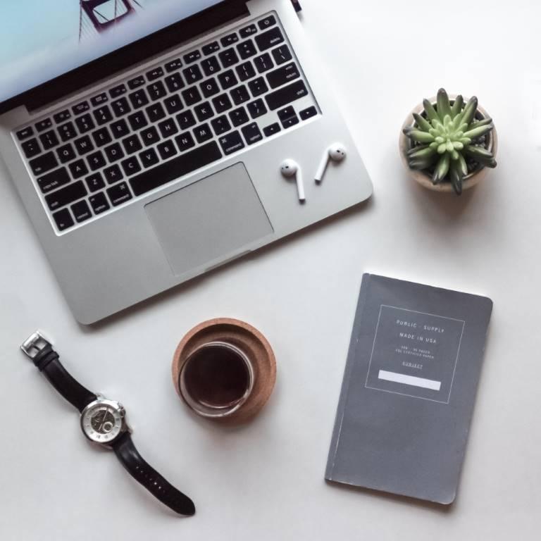Макбук для выхода в онлайн